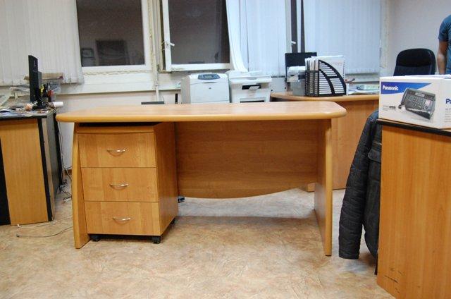 Офисная мебель на заказ в Санкт-ПЕтербурге
